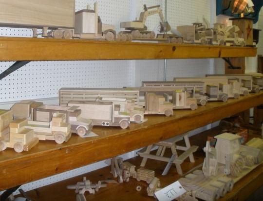 wooden-trucks